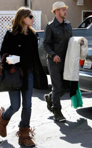 Justin Timberlake and Jessica Biel pick arrive at the dry cleaners after in Los Angeles California on February 9th 2009 2