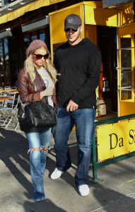 Jessica Simpson with boyfriend Tony Romo out for a romantic lunch