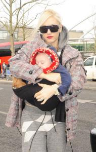 Gwen Stefani carrying baby Zuma