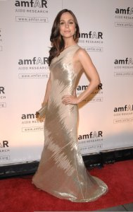Eliza Dushku on the red carpet of the AmFAR Gala on February 12th 2009