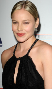 Abbie Cornish arrives at the 2009 US Ireland Alliance Pre Oscar Gala Awards Ceremony held at The Ebell Club on February 19th 2009 2