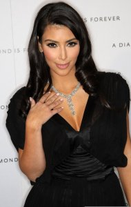 Kim Kardashian arrives to the disney and miramax oscar nominees celebration pre Oscar Diamond Party on February 21st 2009 2