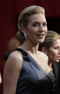 Kate Winslet arrives at the  81st Annual Academy Awards on February 22nd 2009 2