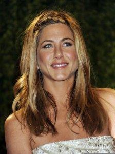 Jennifer Aniston arrives on the red carpet 2009 Vanity Fair Oscar party on February 22nd 2009 1