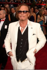 Mickey Rourke arrives on the red carpet of the 81st Annual Academy Awards on February 22nd 2009 2