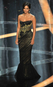 Halle Berry on the stage of the 81st Annual Academy Awards on February 22nd 2009 1
