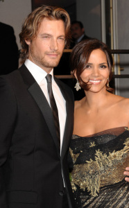 Halle Berry and Gabriel Aubry arrive at the 2009 Vanity Fair Oscar Party hosted by Graydon Carter at the Sunset Tower Hotel on February 22nd 2009 2