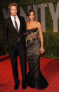 Halle Berry and Gabriel Aubry arrive at the 2009 Vanity Fair Oscar Party hosted by Graydon Carter at the Sunset Tower Hotel on February 22nd 2009 1
