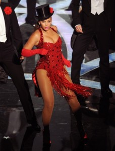 Beyonce Knowels high quality picture of her performance on stage at the 81st Academy Awards