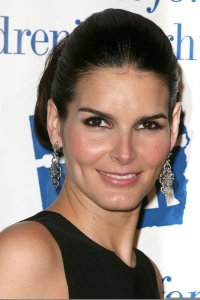 Angie Harmon at the Childrens Rights Awards Dinner Gala in Beverly Hills on March 5th 2009 3