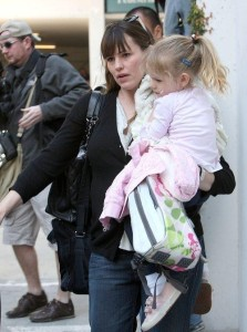 Jennifer Garner picks up her daughter Violet Affleck from school in Los Angeles California on March 6th 2009 2