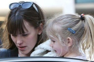 Jennifer Garner picks up her daughter Violet Affleck from school in Los Angeles California on March 6th 2009 6