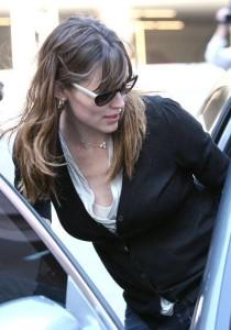 Jennifer Garner picks up her daughter Violet Affleck from school in Los Angeles California on March 6th 2009 3