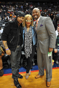 Christina Milian with the dream and Ryan Cameron at the Atlanta Hawks vs Clevelend Cavilers basketball game on Sunday night