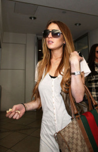 Lindsay Lohan out and about in LA yesterday March 13th 2009 leaves after having lunch at a restaurant in beverly hills