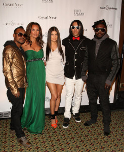 Actress Vanessa Williams with apl.de.ap., Fergie, Taboo, and Will.iam of The Black Eyed Peas