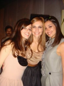Lara Scandar and her female friends picture beofre the academy