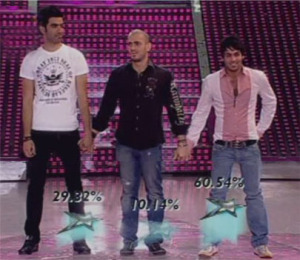 serag and nazem and yahia stand for the audience votes