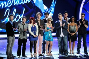 Ryan Seacrest and the Top 10 contestants of American Idol on stage