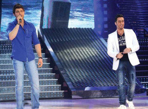 Michel Azzi sings with Saad Ramadan at the Sixth Prime of LBC Star Academy season six on March 27th 2009