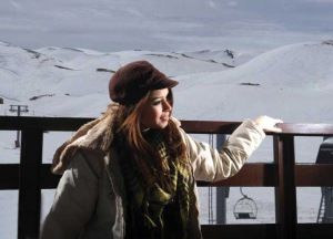 new pictures of the students in star academy season 6 skiing photo shoots on March 2009 Aya