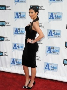 Kim Kardashian arrives at Bravos 2nd Annual A List Awards on the 5th of April 2009 9