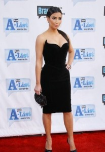 Kim Kardashian arrives at Bravos 2nd Annual A List Awards on the 5th of April 2009 5