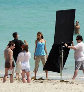 Alessandra Ambrosio photo session candids in Miami  Florida on March 31st 2009 1