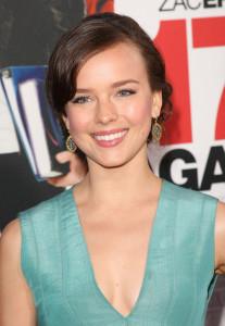 Allison Miller arrives at the movie premiere of 17 Again on April 14, 2009