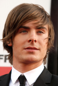 Zac Efron arrives at the movie premiere of 17 Again on April 14, 2009