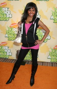 Chelsea Tavares arrives at Nickelodeon's 2009 Kids Choice Awards
