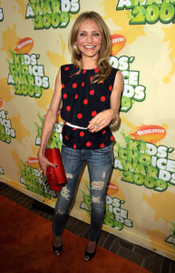 Cameron Diaz arrives at Nickelodeon's 2009 Kids Choice Awards