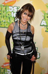Paula Abdul arrives at Nickelodeon's 2009 Kids Choice Awards