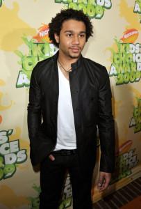 Corbin Bleu arrives at Nickelodeon's 2009 Kids Choice Awards