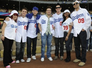 The Final Top 7 American Idol Contestants Attend A Dodgers Game in April 2009