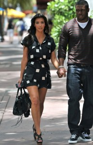 kim kardashian Spotted in Miami with Reggie and Kourtney on May 18th 2009 4