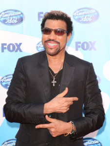 Lionel Richie arrives at the American Idol Season 8 Grand Finale held at Nokia Theatre L.A. Live on May 20, 2009 in Los Angeles, California