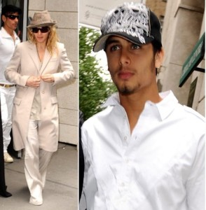 Jesus Luz joins Madonna and her family at the Kabbalah Center in New York on May 17th 2009