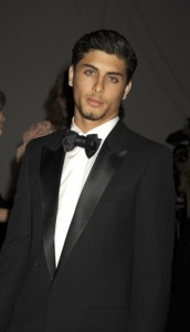 Jesus Luz in a black formal suit at the gala ball in the Metropolitan Museum of Art in New York on may 5th 2009