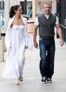 Guy Ritchie seen with a woman on Malibu beach 3