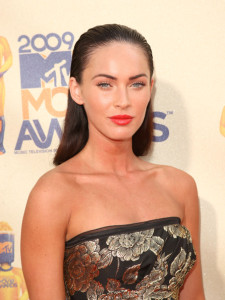 Megan Fox arrives at the 18th Annual MTV Movie Awards on May 31st 2009 in California 4