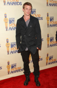 Cam Gigandet arrives on the red carpet of the 18th Annual MTV Movie Awards on May 31st 2009 2