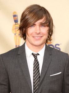 Zac Efron arrives on the red carpet of the 18th Annual MTV Movie Awards on May 31st 2009 2