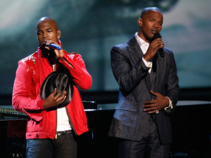 Jamie Foxx with NeYo on stage for the tribute to the late singer Michael Jackson during the 2009 BET Awards 15