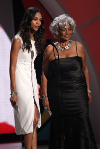 Zoe Saldana and Nichelle Nichols present an award onstage during the 2009 BET Awards held at the Shrine Auditorium on June 28th 2009 in Los Angeles 3