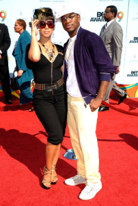 NeYo arrives at the 2009 BET Awards held at the Shrine Auditorium on June 28th 2009 in Los Angeles 1