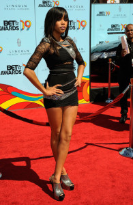 Latoya arrives at the 2009 BET Awards held at the Shrine Auditorium on June 28th 2009 in Los Angeles