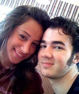 kevin jonas and his girlfriend danielle deleasa photo together