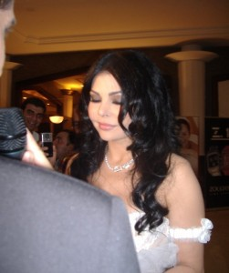 Hayfa Wahbe spotted backstage at the 2009 Murex Dor Lebanese Awards picture during a TV Channel interview after winning the 2009 pop icon 6