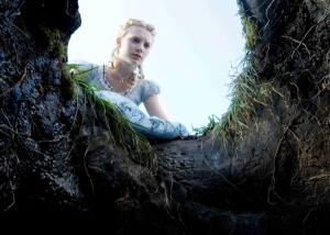 Mia Wasikowska pictures as Alice in Wonderland 2010 movie 2